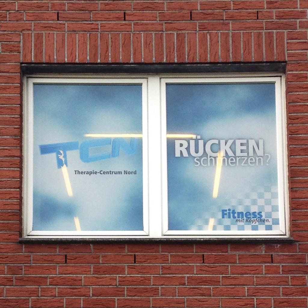 Einseitiger Sichtschutz und Außenschild